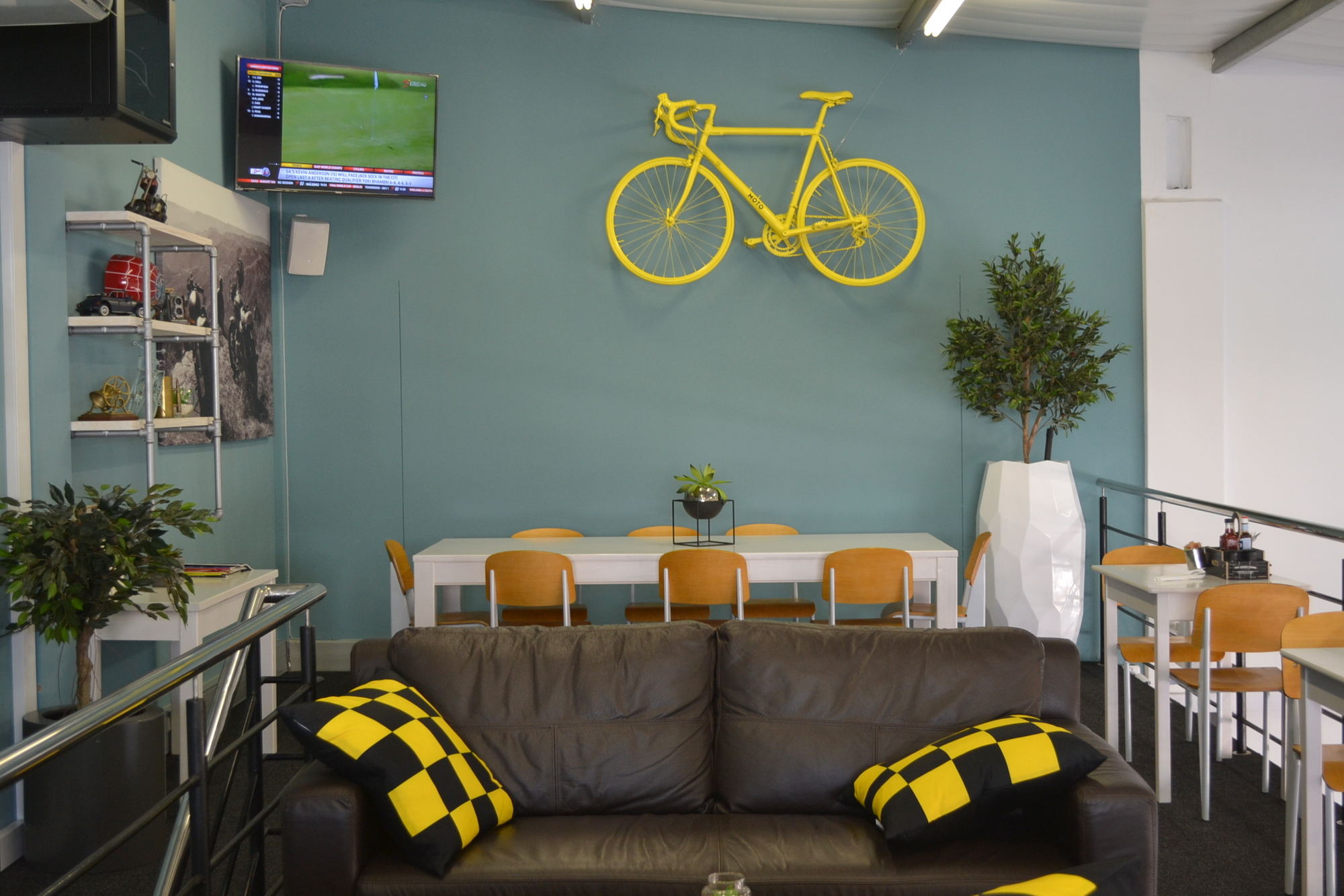 Moto Cafe